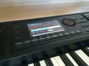 Roland FA-08 Synthesizer Workstation