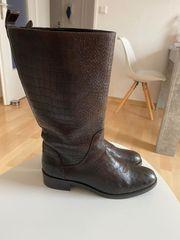 Hugo Boss Stiefel in Größe