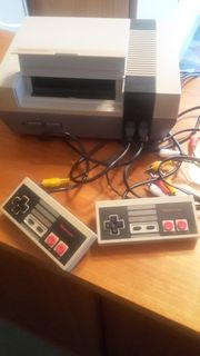 Nintendo NES-001 incl Kabel und