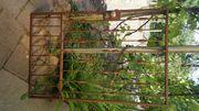 Gartentor bestehend aus zwei Teilen