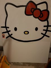 selbstgebautes Hello Kitty Bett für