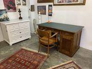 Jugendstil Schreibtisch antiker Klassiker um