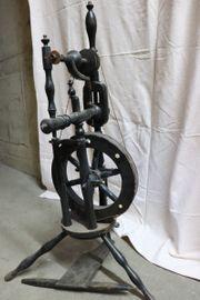 1876-1954 Spinnrad Holz 82cm Deko