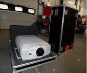 Beamer Projector Sanyo XF40