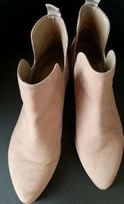 Nine West Boots Taupe Nubuk