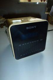 Radiowecker SONY ICF-C10W - SONY DIGICUBE