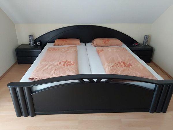 Schlafzimmer incl Lattenrost und 2