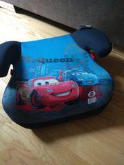 Kindersitz mit CarS Motiv