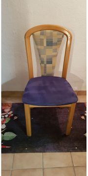 2 Massivholz-Stühle