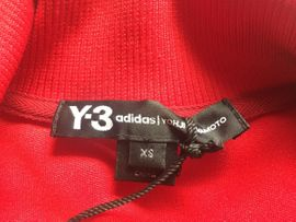 Y3 Jacke adidas NEU in: Kleinanzeigen aus Fürth Unterfarrnbach - Rubrik Damenbekleidung