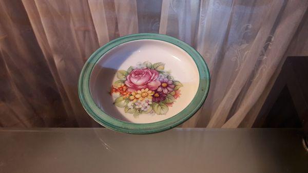 kleines Keramik Schälchen mit Rosenmotiv