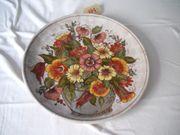Großer bunter Wandteller Blumenstrauß handbemalt