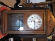 Alte Uhr von Großvater von