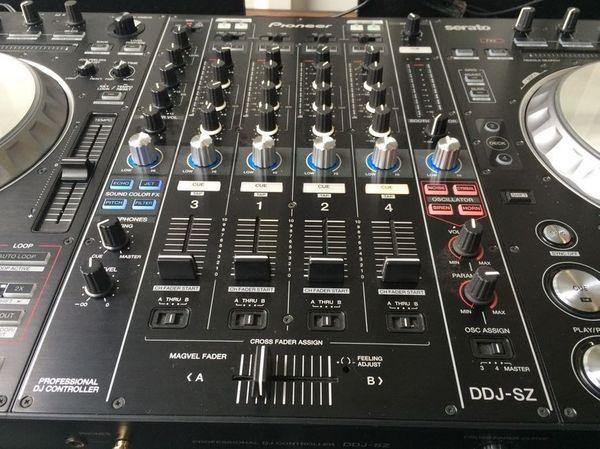 Pioneer DDJ SZ Midi Controller