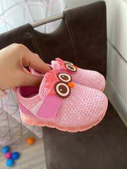 Baby Schuhe die leuchten NEU