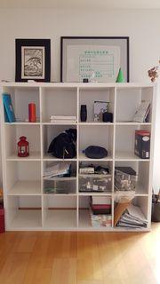 Bookshelf - Bücherregal
