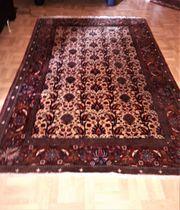 Echter handgeknüpfter Teppich