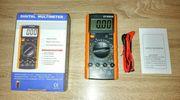 Zwei verschiedene Multimeter mit neuer