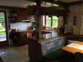Küchenecke mit Sitzgruppe