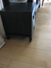 Kommode mit Schublade