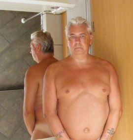 Frau sucht mann mit langen schwanz zum ficken