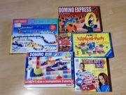 Spielepaket und Dominos in gutem