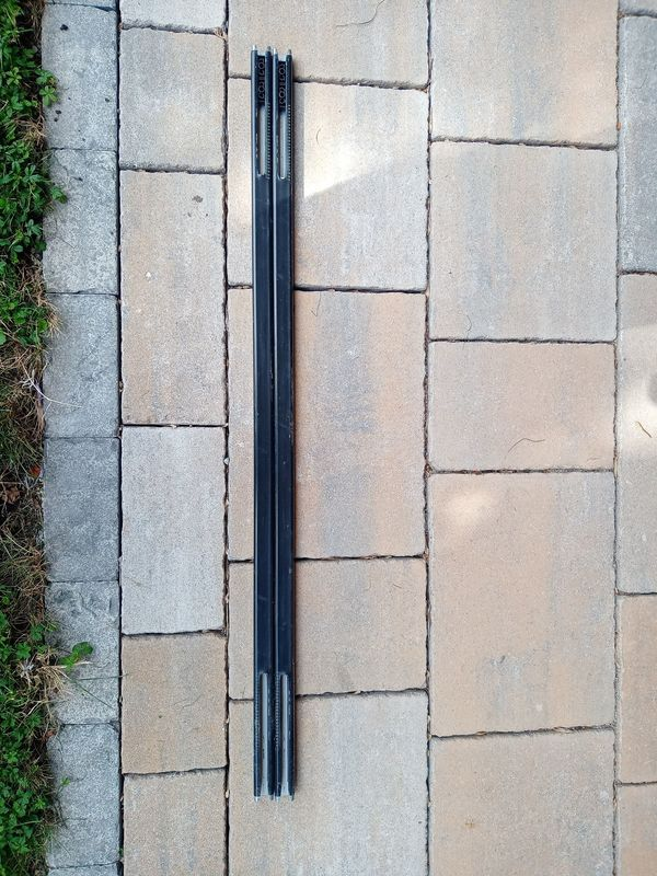 Thule Squarebar 118 cm
