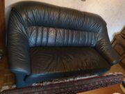 Leder Couch mit zwei Sesseln