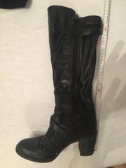 Schwarze Stiefel Gr 38