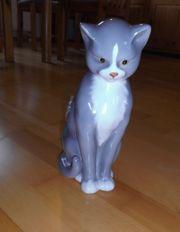 NEUWERTIGE grauweiße Katze aus Porzellan