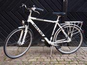 28-Zoll Trekking Herren Fahrrad aus