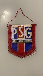 Vereinswimpel des PSG