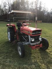 Massey Ferguson 133 Traktor