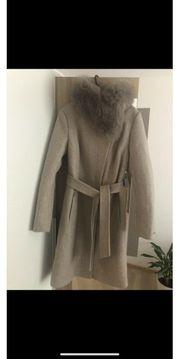 Winter Mantel mit echt Pelz
