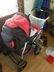 Kinderwagen und Maxicosi