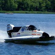 Rennboot Formel 4