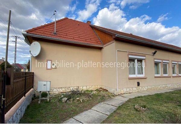 Großes Haus in Ungarn Balatonr