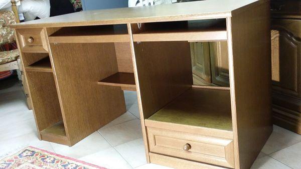 Preiswerter Schreibtisch aus Eichenholz