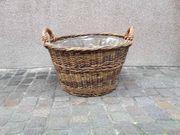 Weidenkorb für Brennholz