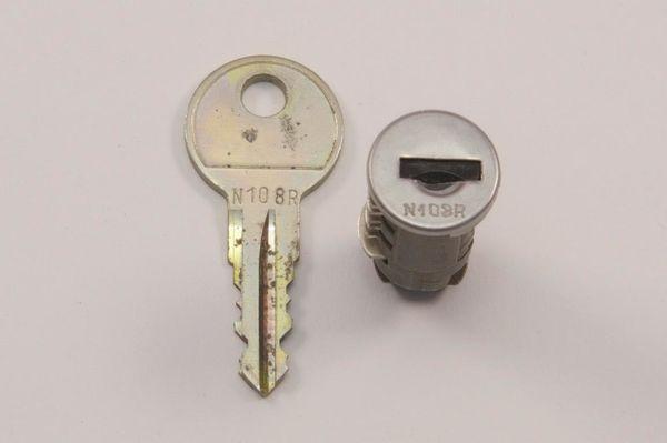 Thule Schloß und Schlüssel N108R