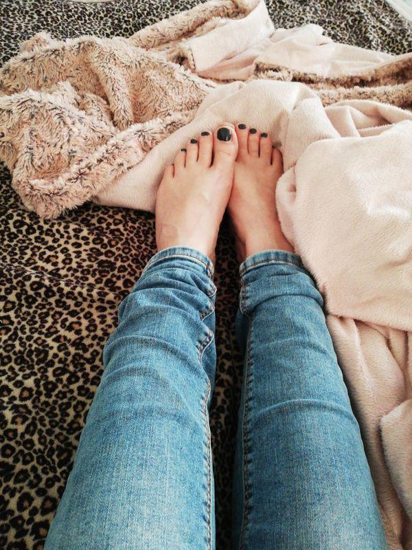 Getragene Schuhe und Socken 4