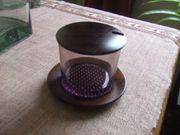 Zuckerdose aus Glas mit Holzdeckel