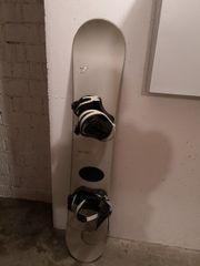 Snowboard mit Bindung Fanatic