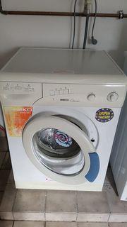 Schöne gepflegte Waschmaschine Beko zu