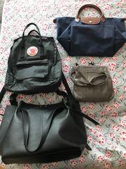 Vier Taschen