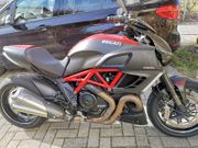 Ducati Diavel Carbon Ausführung