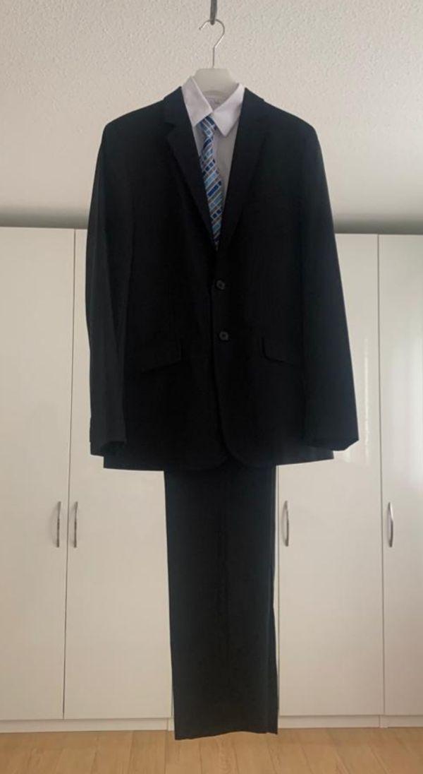 Anzug Jungen