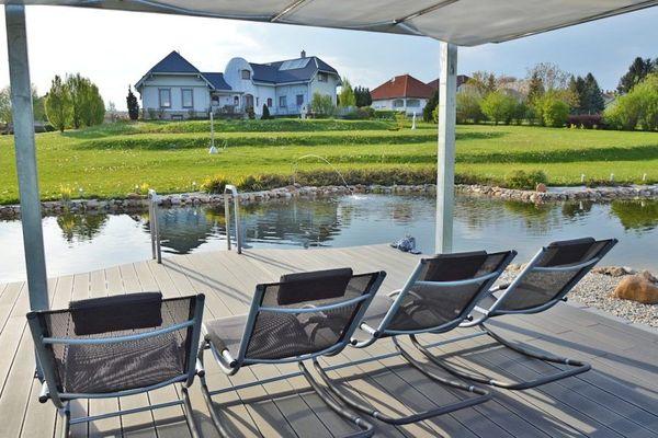 Exklusiv Haus mit Teich und