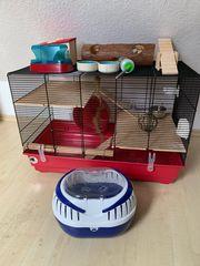 Hamsterkäfig mit viel Zubehör