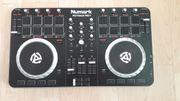 Mischpult Numark Mixtrack Pro II